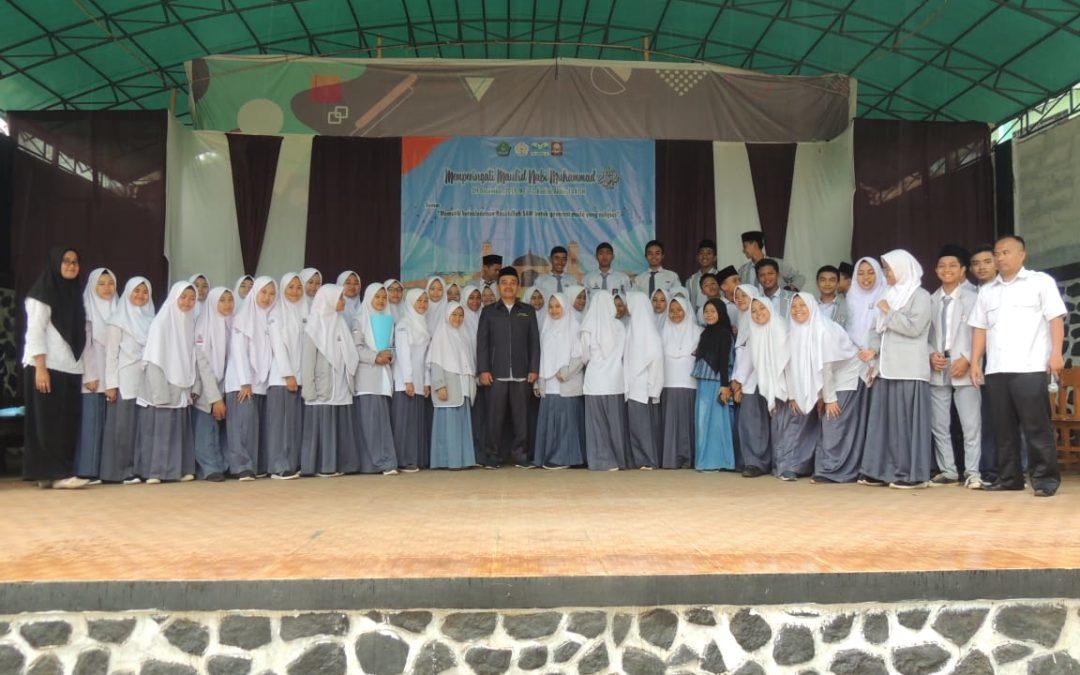MAN 4 Sukabumi Gelar Peringatan Maulid 2019, Dari Lomba Hias Tumpeng Sampai Dai